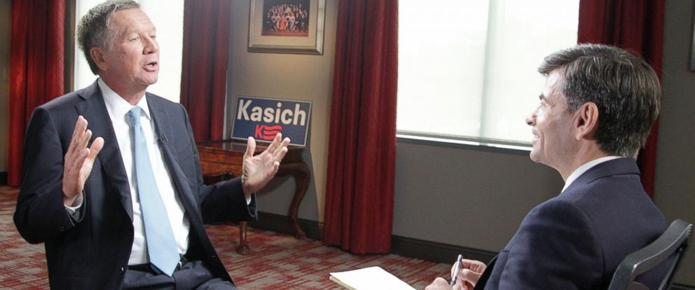 PHOTO: George Stephanopoulos interviews Ohio Gov. John Kasich, July 21, 2015, in Columbus, Ohio.
