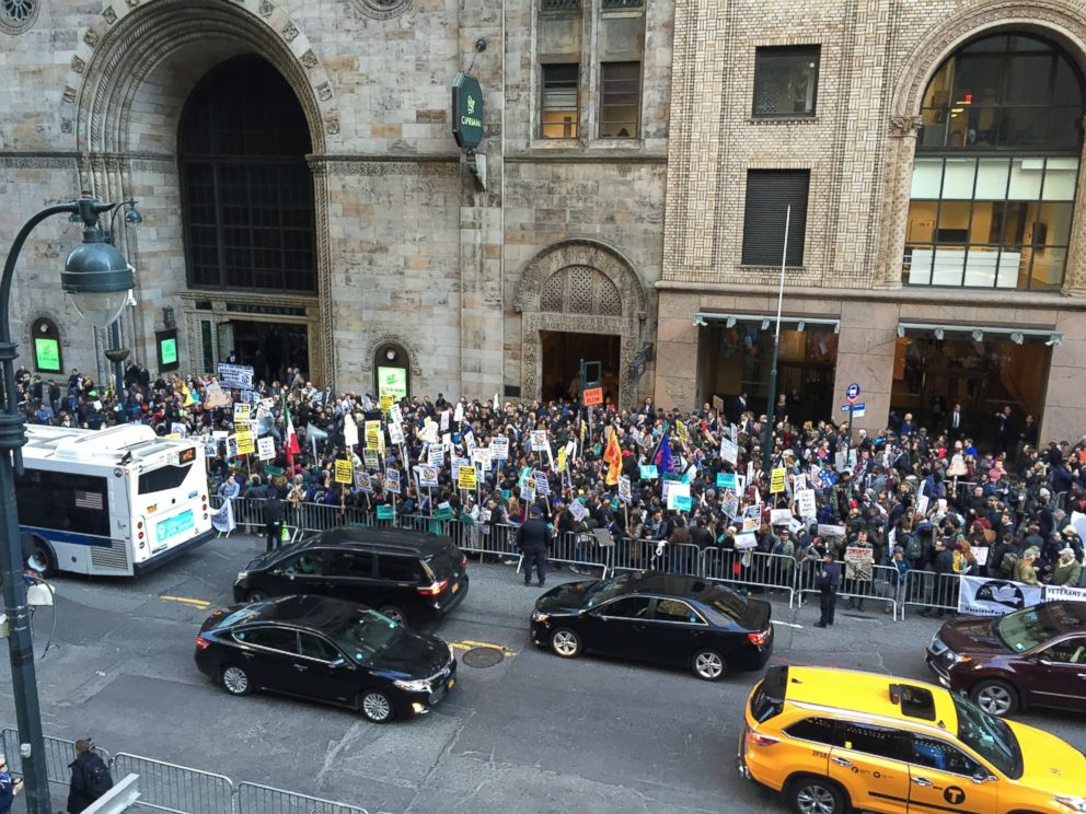 PHOTO: Crowds of protesters gathered on April 14, 2016, near the Grand Hyatt New York where a Republican gala is going to be held, in New York.