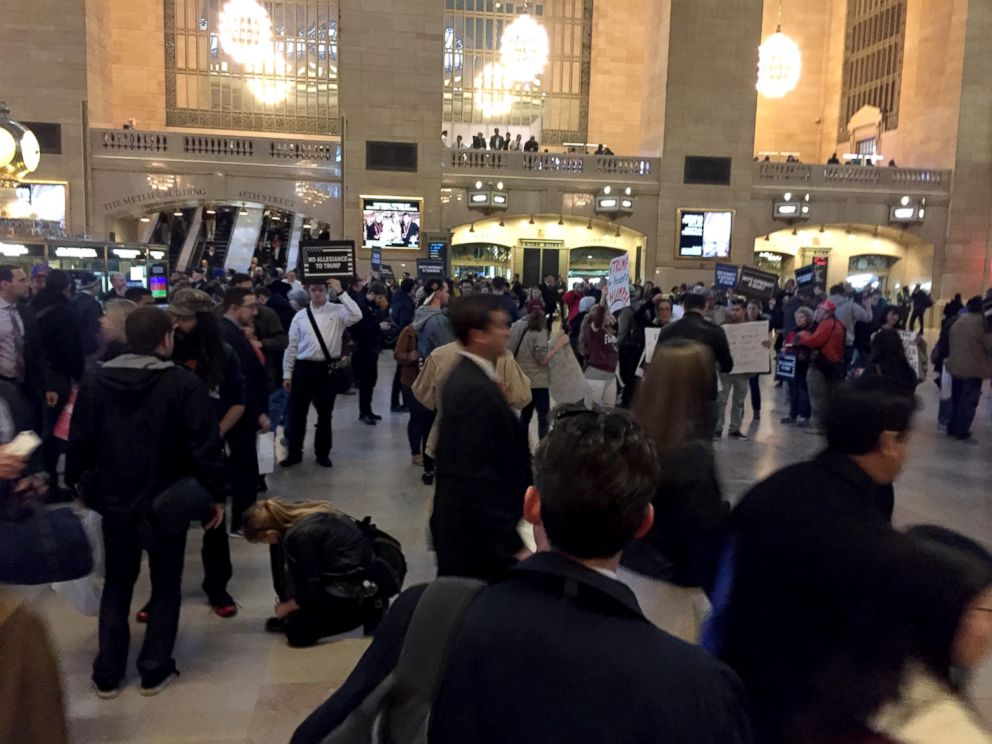 PHOTO: Crowds of protesters gathered on April 14, 2016, near the Grand Hyatt New York and in Grand Central Station where a Republican gala is going to be held, in New York.