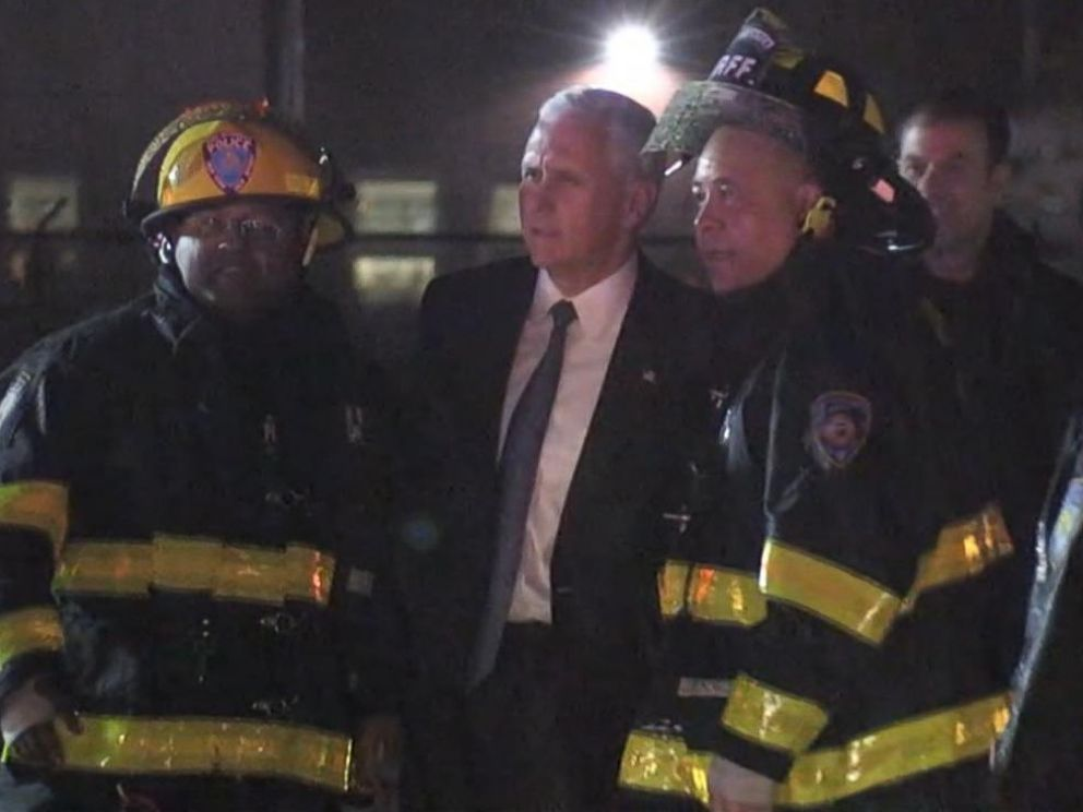 PHOTO: Republican Vice Presidential candidate Mike Pence was on a plane that skidded off the runway at LaGuardia airport in New York, Oct. 27, 2016.