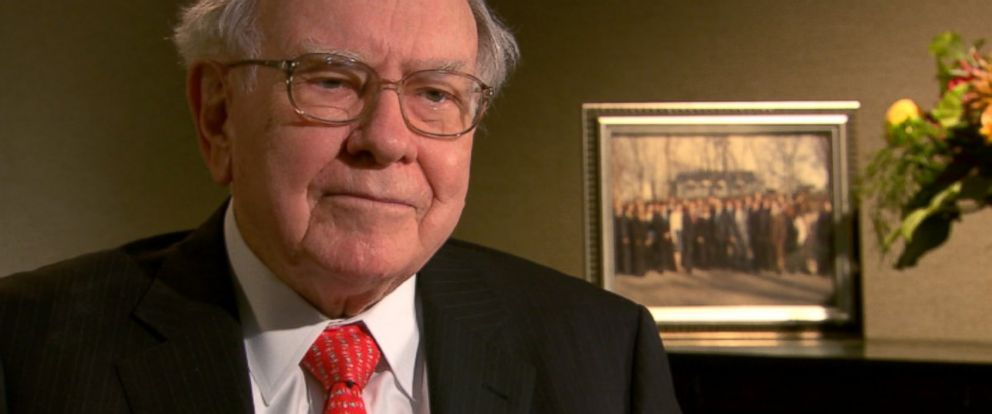 PHOTO: Warren Buffett interviewed by ABCs Rebecca Jarvis.