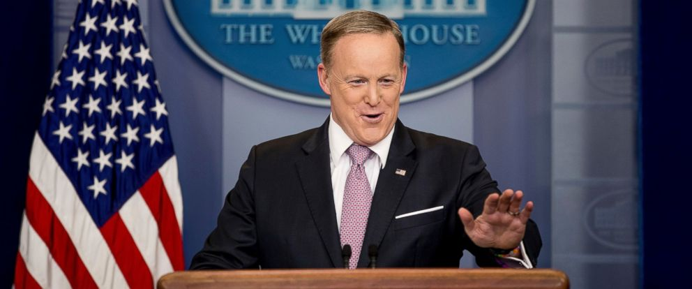 PHOTO: White House press secretary Sean Spicer talks to the media during the daily press briefing at the White House in Washington, March 10, 2017.