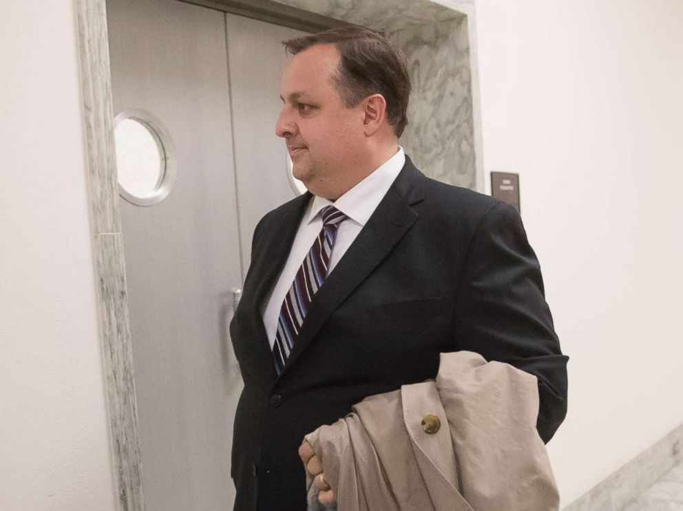 PHOTO: Walter Shaub Jr., director of the U.S. Office of Government Ethics walks on Capitol Hill in Washington in this Jan. 23, 2017 file photo.