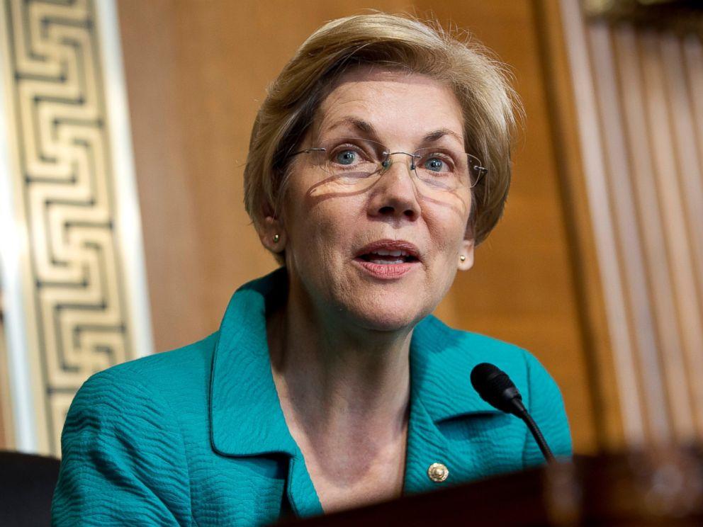 PHOTO: Elizabeth Warren speaks on Capitol Hill in Washington, Oct. 6, 2015.