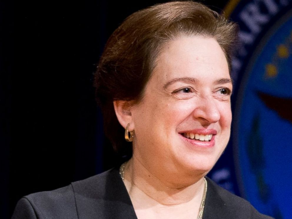 PHOTO: Associate Supreme Court justice Elena Kagan during a ceremonial swearing-in ceremony at the Pentagon, March 6, 2015.