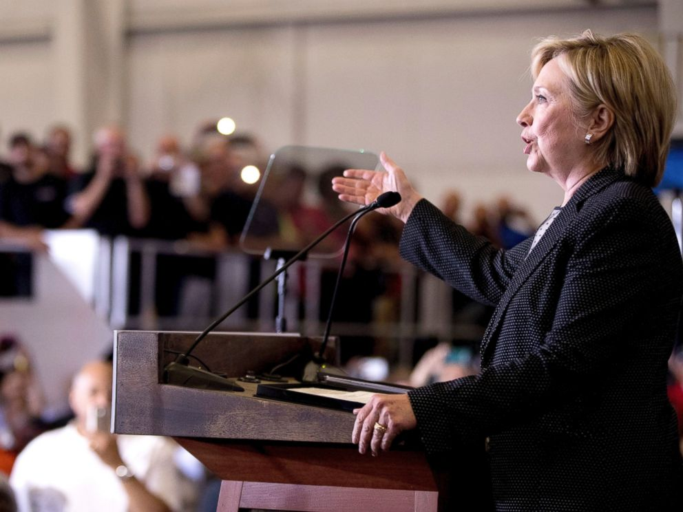 PHOTO: Democratic presidential candidate Hillary Clinton gives a speech on the economy after touring Futuramic Tool & Engineering, in Warren, Michigan, Aug. 11, 2016.