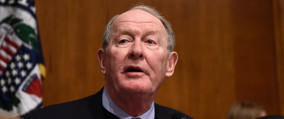 PHOTO: Sen. Lamar Alexander, R-Tenn. speaks on Capitol Hill in Washington, Jan. 12, 2016.