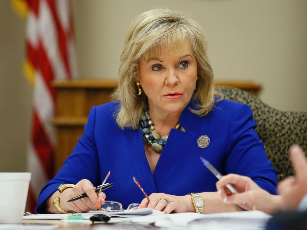 PHOTO: Oklahoma Gov. Mary Fallin attends a meeting of the State Board of Equalization in Oklahoma City, June 20, 2016.
