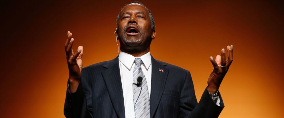 PHOTO: Ben Carson announces his candidacy for president during an official announcement in Detroit, May 4, 2015.
