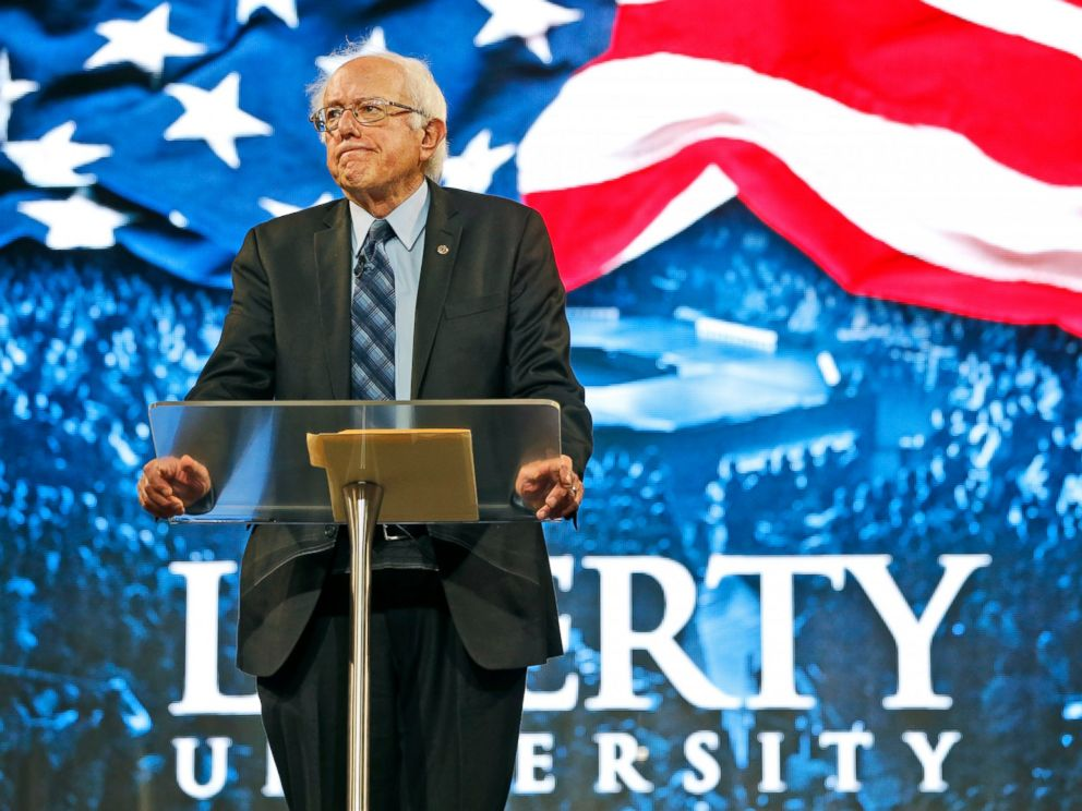 PHOTO: Democratic presidential candidate, Sen. Bernie Sanders, I-Vt. looks over the crowd during a speech at Liberty University in Lynchburg, Va., Sept. 14, 2015.