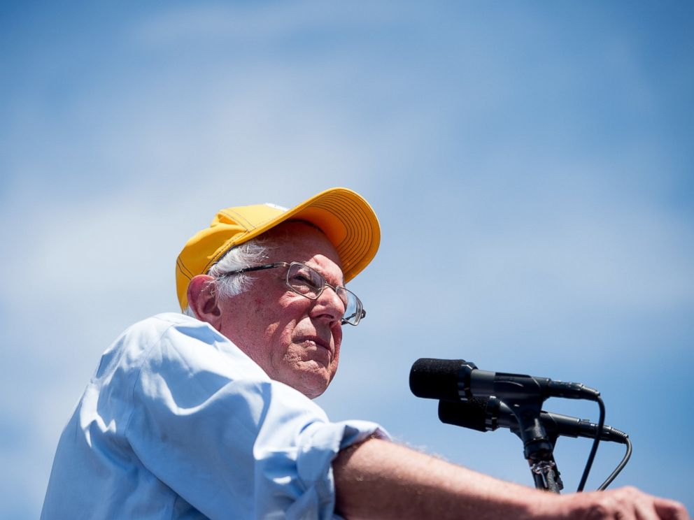 PHOTO: Democratic presidential candidate Sen. Bernie Sanders, speaks during a campaign rally at the Cubberley Community Center in Palo Alto, Calif., June 1, 2016.