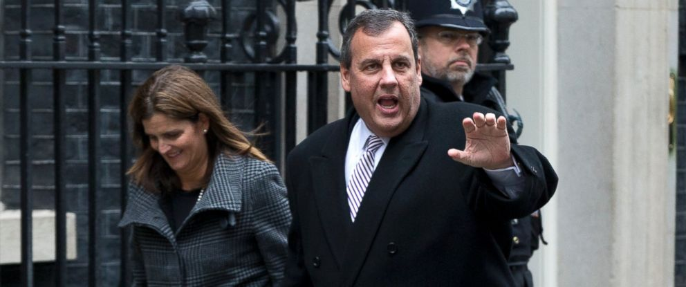 PHOTO: New Jersey Gov. Chris Christie, with his wife Mary Pat arrive in Downing street for lunch with Britains Chancellor of the Exchequer George Osborne in London, Tuesday, Feb. 3, 2015.