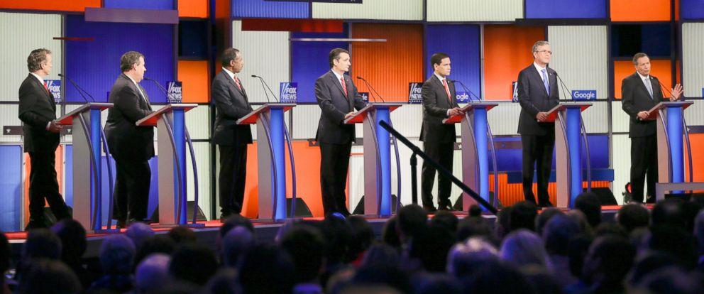 PHOTO: Republican presidential candidates participate during a Republican presidential primary debate, Jan. 28, 2016, in Des Moines, Iowa.