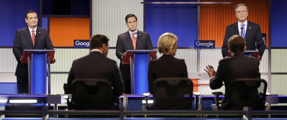 PHOTO: Ted Cruz, left, Marco Rubio and Jeb Bush listen to a question from moderator Chris Wallace during a Republican presidential primary debate, Jan. 28, 2016, in Des Moines, Iowa.