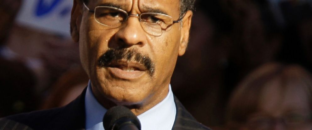 PHOTO: Missouri Rep. Emanuel Cleaver speaks at a rally in Kansas City, Mo., Oct. 1, 2008.