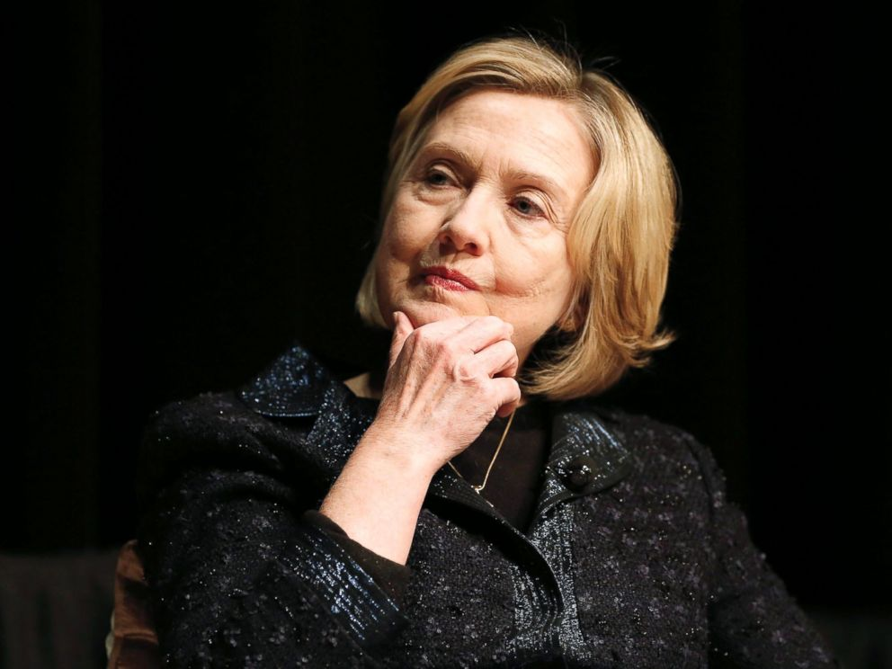 PHOTO: Former U.S. Secretary of State Hillary Rodham Clinton at a Winnipeg Chamber of Commerce luncheon in Winnipeg, Canada, Jan. 21, 2015.