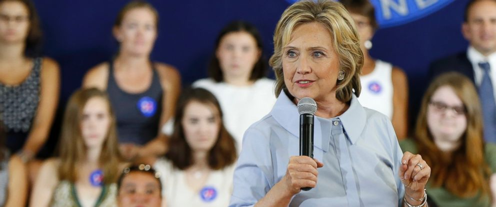 PHOTO: Democratic presidential candidate Hillary Rodham Clinton speaks at a campaign organizing meeting, Sept. 18, 2015, in Portland, Maine.