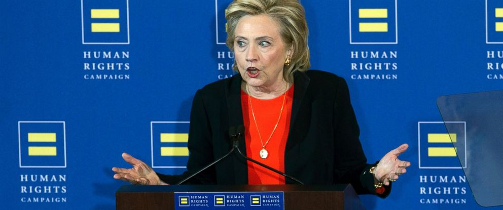 PHOTO: Democratic presidential candidate Hillary Rodham Clinton gestures as she speaks to the Human Rights Campaign in Washington, Oct. 3, 2015.