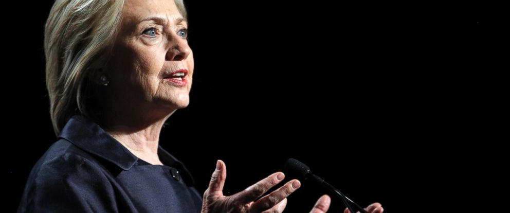 PHOTO: Democratic presidential candidate Hillary Rodham Clinton speaks at the U.S. Conference of Mayors 83rd Annual Meeting in San Francisco, June 20, 2015.