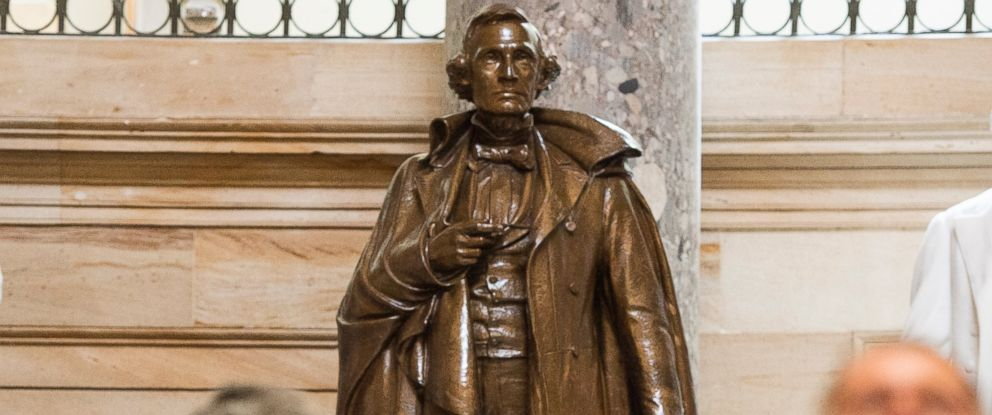 PHOTO: Mississippis statue of Confederate president Jefferson Davis stands in Statuary Hall in the U.S. Capitol on June 23, 2015.