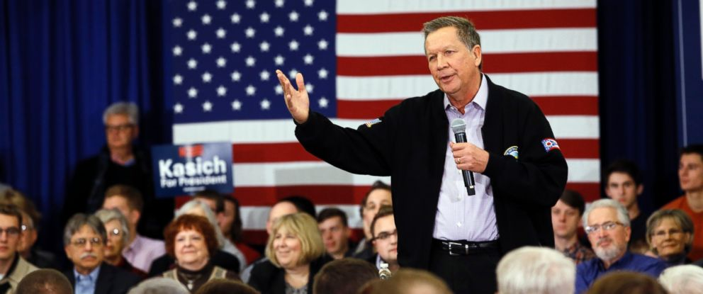 PHOTO: Ohio Gov. John Kasich speaks at a campaign event, March 23, 2016, in Wauwatosa, Wis.