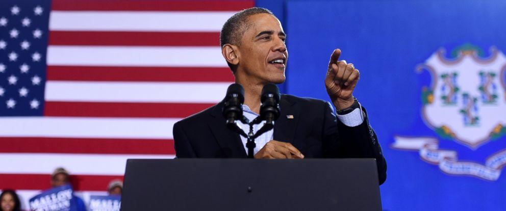 PHOTO: President Barack Obama speaks at Central High School in Bridgeport, Conn., Nov. 2, 2014.