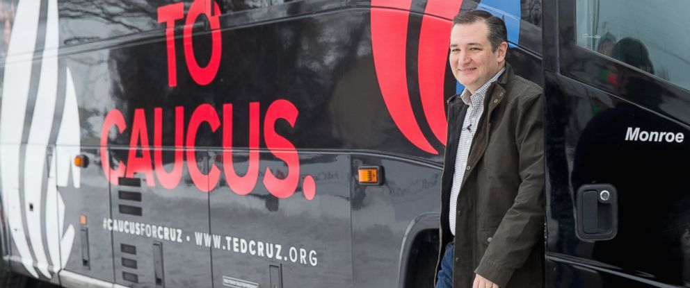 PHOTO: Republican presidential candidate Sen. Ted Cruz, R-Texas arrives to speak at Kings Christian Bookstore in Boone, Iowa, Jan. 4, 2016.