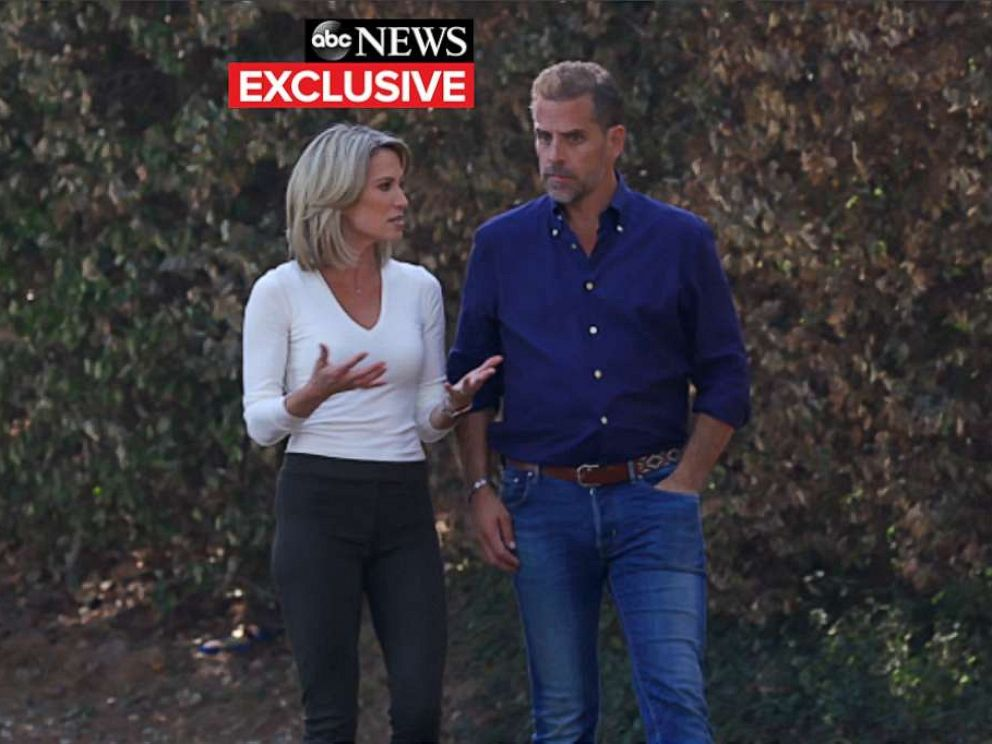 PHOTO: ABC�s Amy Robach talks with Hunter Biden.