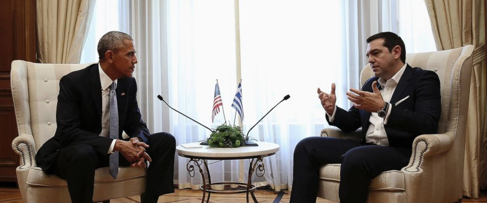PHOTO: Greek Prime Minister Alexis Tsipras, right, speaks with President Barack Obama during their meeting at Maximos Mansion in Athens, Nov. 15, 2016.