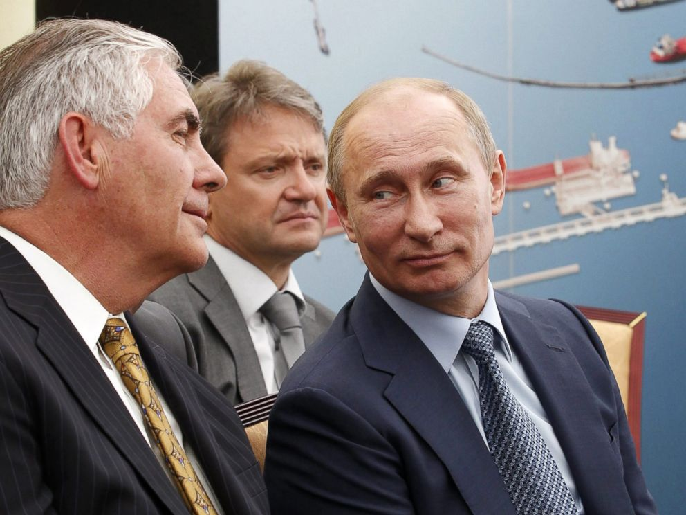 PHOTO: (L-R) ExxonMobil Chairman and CEO Rex Tillerson, Krasnodar region Governor Alexander Tkachev and Russian President Vladimir Putin are pictured in western Siberia at the Tuapse Refinery in Tuapse, Krasnodar region, Russia, June 15, 2012.
