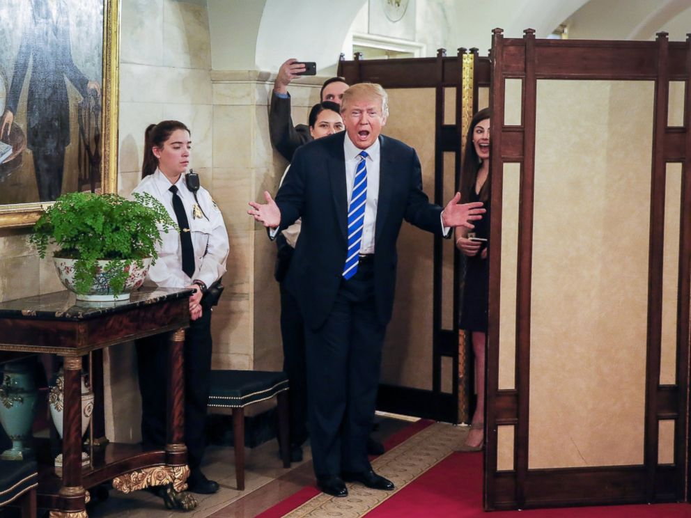 PHOTO: President Donald Trump greets people on a public tour of the White House in Washington, March 7, 2017.