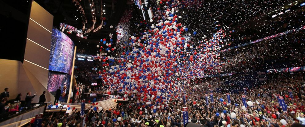 PHOTO: Republican presidential candidate Donald Trump and his family onstage after finishing his address during the final day of the 2016 Republican National Convention at Quicken Loans Arena in Cleveland, July 21, 2016.