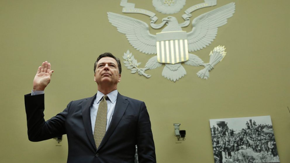 James Comey is sworn-in before a House Oversight and Government Reform Committee hearing on Capitol Hill in Washington, July 7, 2016.