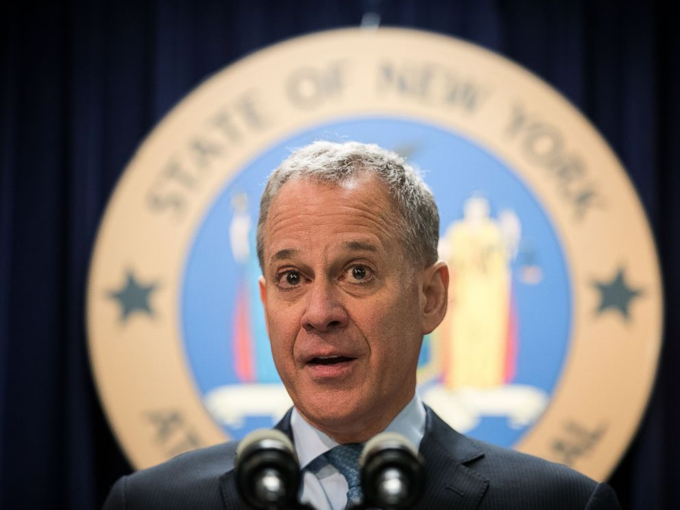 PHOTO: New York Attorney General Eric Schneiderman speaks during a press conference at the office of the New York Attorney General, Sept. 13, 2016, in New York.