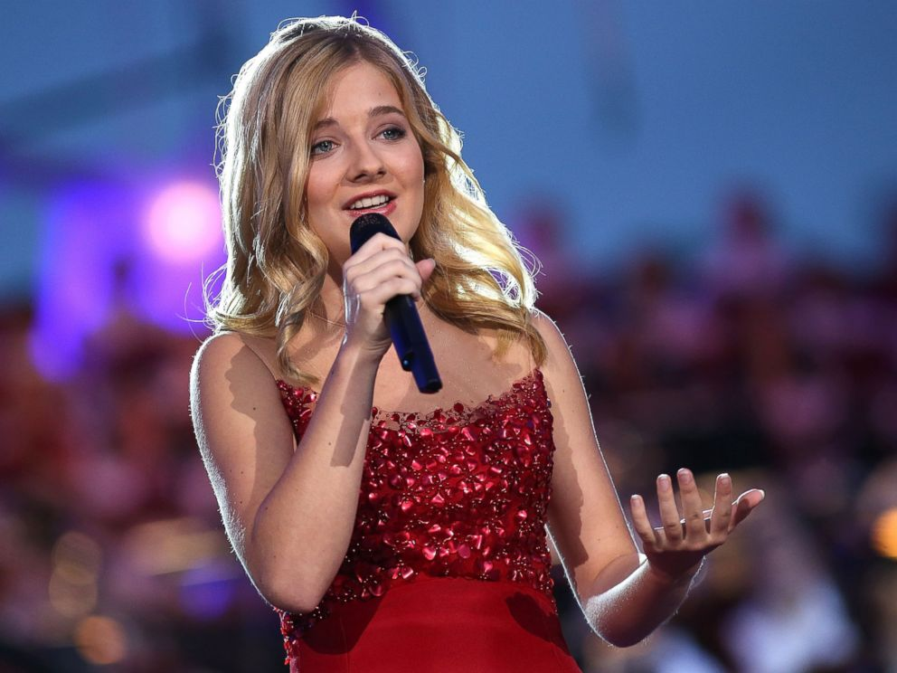 PHOTO: Classical crossover star Jackie Evancho performs at A Capitol Fourth concert, July 4, 2016, in Washington.