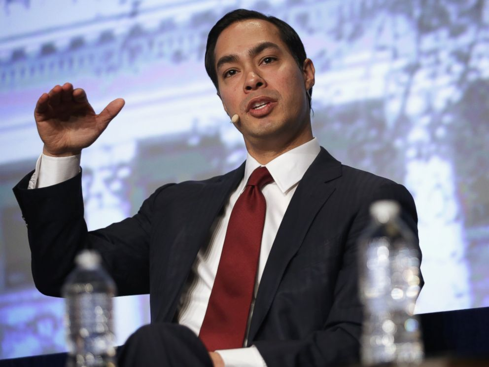 PHOTO: U.S. Secretary of Housing and Urban Development Julian Castro speaks during a discussion of the 83rd Winter Meeting of the United States Conference of Mayors, Jan. 23, 2015 in Washington.