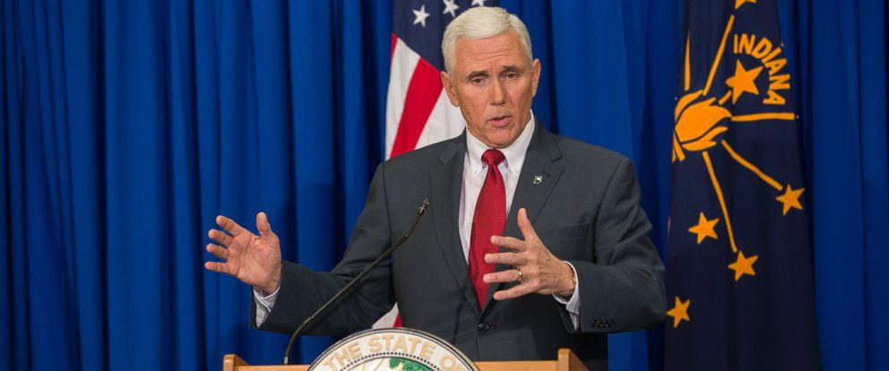 PHOTO: Indiana Gov. Mike Pence speaks during a press conference March 31, 2015 at the Indiana State Library in Indianapolis.