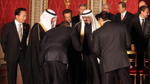 PHOTO: US President Barack Obama (3rd L) bows to Saudi Arabia King Abdullah bin Abdul Aziz Al Saud (2nd R) as French President Nicolas Sarkozy (3rd R) and South Korean President Lee Myung -Bak (L) look on at Buckingham Palace, in London, April 1, 2009.