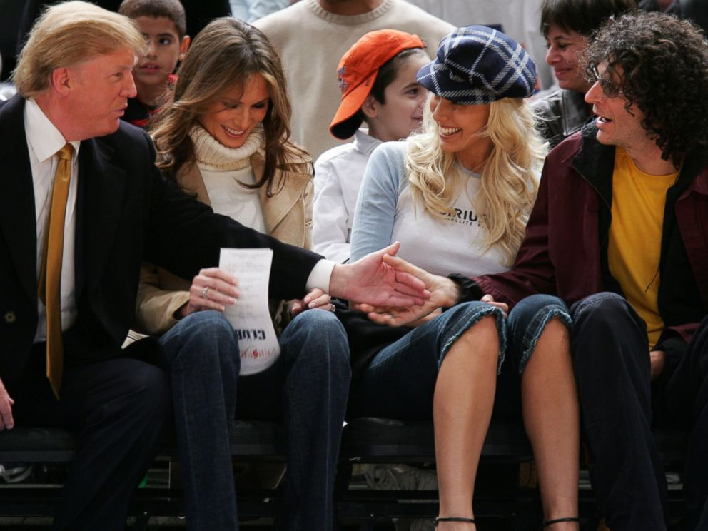 PHOTO:Donald Trump, Melania Trump, Beth Ostrosky and Howard Stern attend the Washington Wizards vs New York Knicks Game, Nov.4, 2005, in New York.