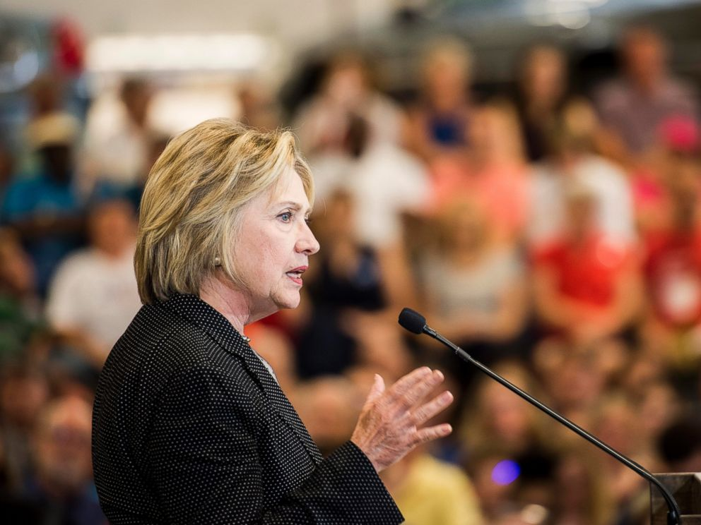 PHOTO: Democratic presidential candidate and former Secretary of State Hillary Clinton delivers an economic speech at Fort Hayes Metropolitan Education Center in Columbus, June 21, 2016.