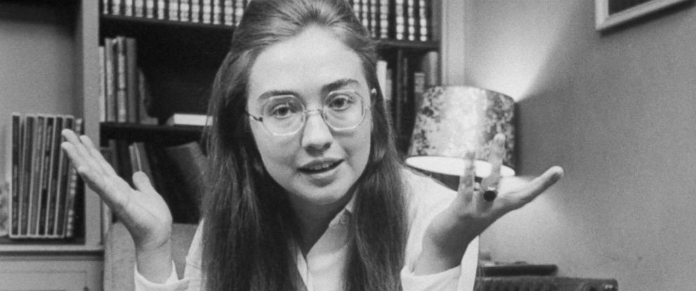 PHOTO: Class leader Hillary Rodham of Wellesley College talks about student protests which she supported in her commencement speech.