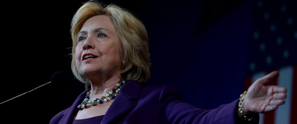 PHOTO: Democratic Presidential candidate Hillary Clinton speaks at the Jefferson Jackson Dinner at the Radisson Hotel in Manchester, N.H., Nov. 29, 2015.