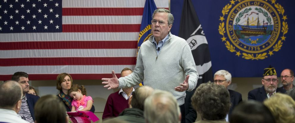 PHOTO: Jeb Bush, former governor of Florida and 2016 Republican presidential candidate, speaks during a town hall campaign stop at the E. Roger Montgomery American Legion Post 81 in Contoocook, N.H., Dec. 19, 2015.