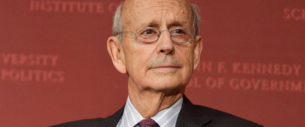 PHOTO: Supreme Court Justice Stephen Breyer speaks at the Harvard University Institute of Politics in Cambridge, Mass., Nov. 6, 2015.