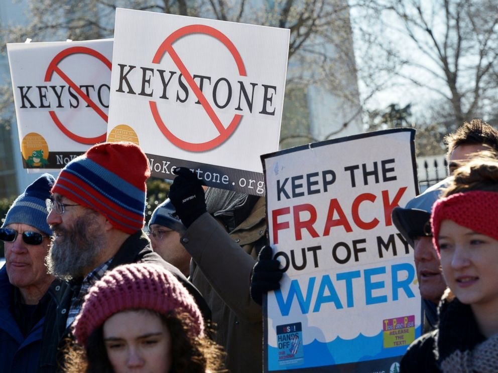 PHOTO: Demonstrators take part in a protest outside of the White House against the building of the proposed Keystone XL oil pipeline, Jan. 10, 2015, in Washington.