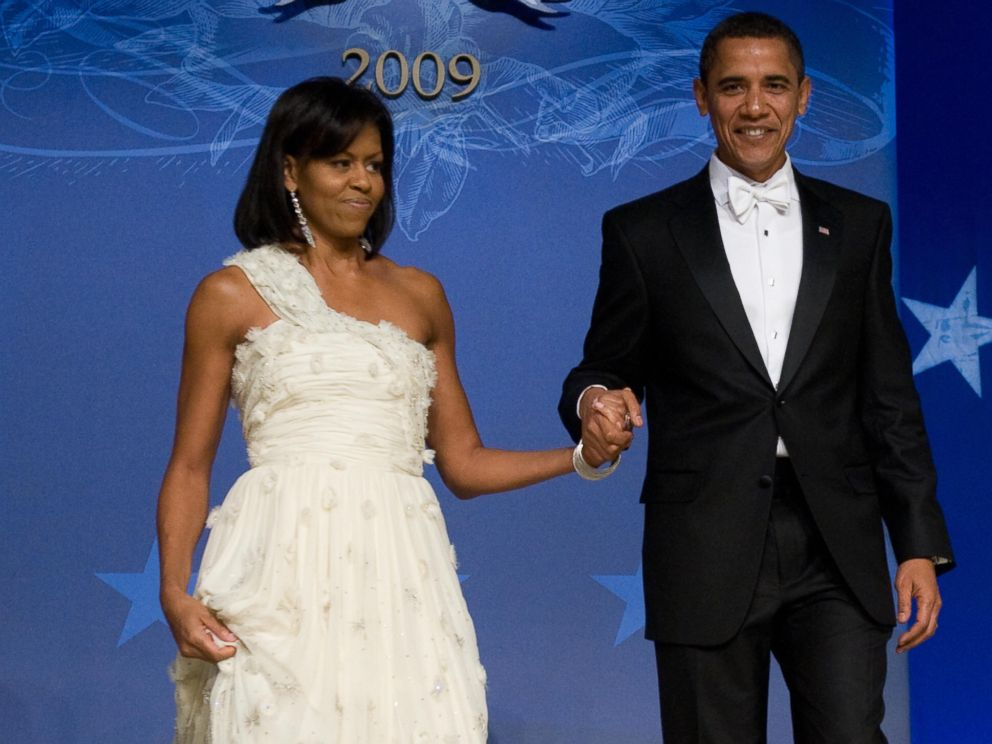 PHOTO: President Barack Obama and First Lady Michelle Obama arrive at the Obama Home States Inaugural Ball at the Washington Convention Center in Washington, Jan. 20, 2009.