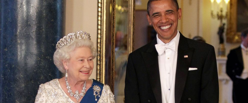 PHOTO:Queen Elizabeth II and President Barack Obama arrive for a State Banquet at Buckingham Palace, May 24, 2011 in London.