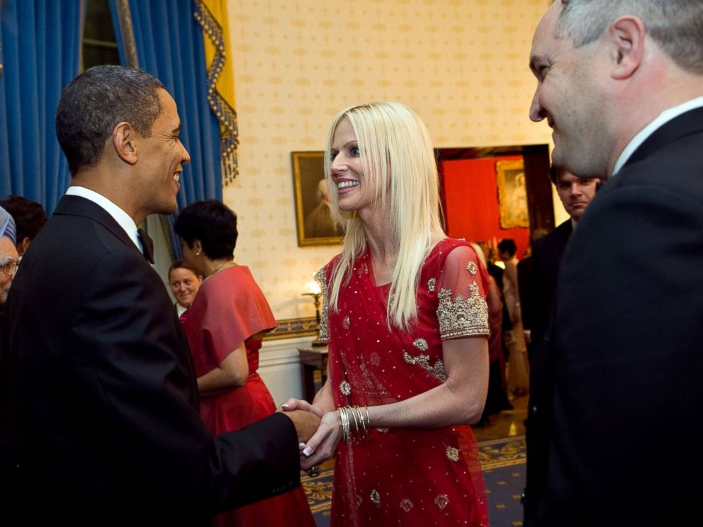 PHOTO: President Barack Obama greets Michaele and Tareq Salahi at the White House State Dinner