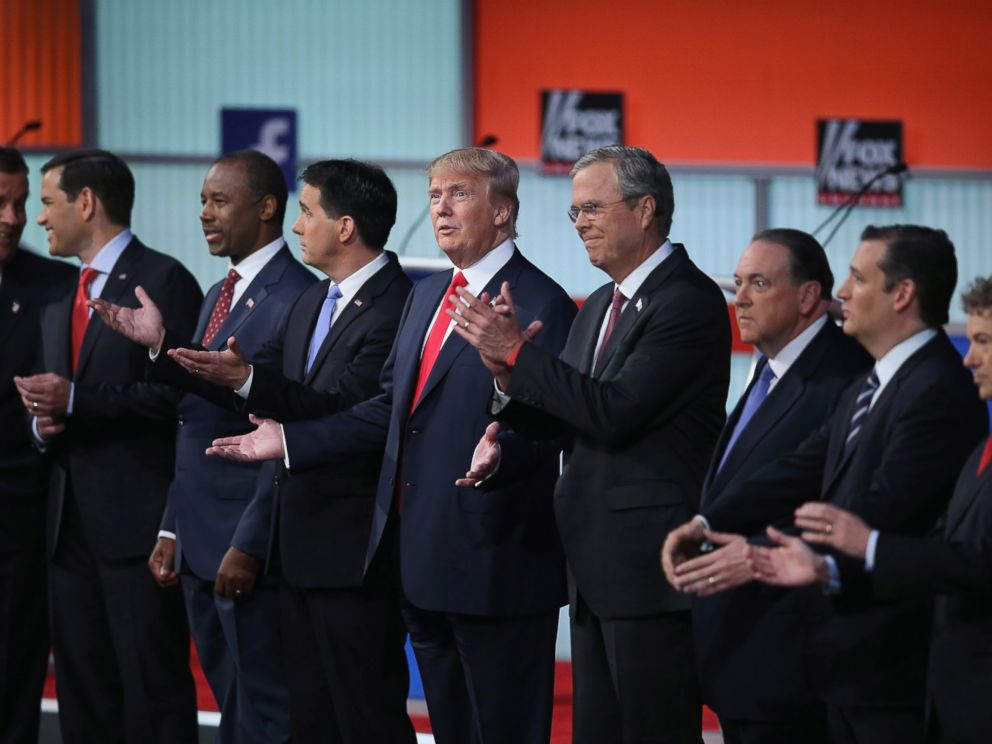 PHOTO: Donald Trump stands next to the all of the Republican presidential candidates during the first republican debate, Aug. 6, 2015, in Cleveland, Ohio.