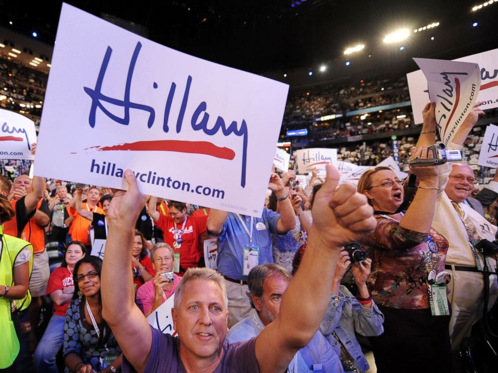PHOTO: Supporters cheer Hillary Clinton at the Democratic National Convention in Denver, Colorado, Aug. 26, 2008.